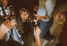 O czym należy pamiętać podczas organizowania przyjęcia firmowego?